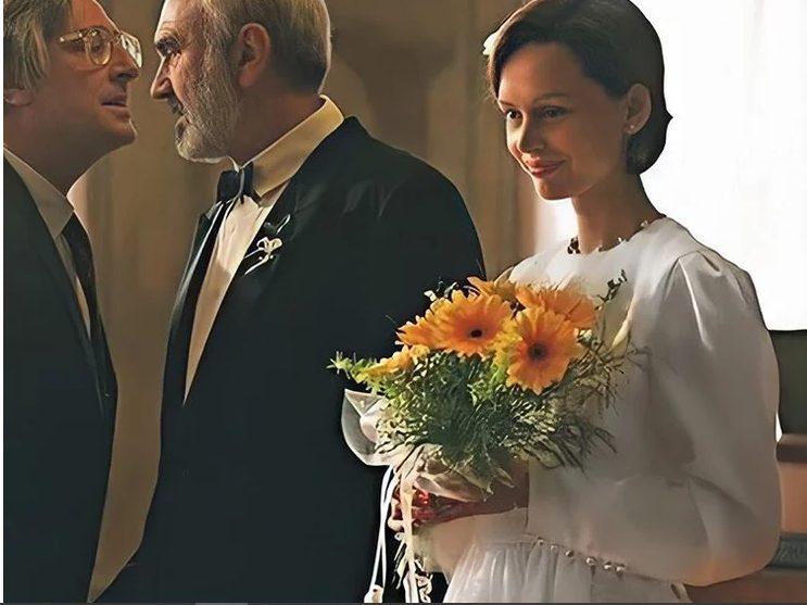 Ирина Безрукова удивила пользователей Сети своей красотой в свадебном платье