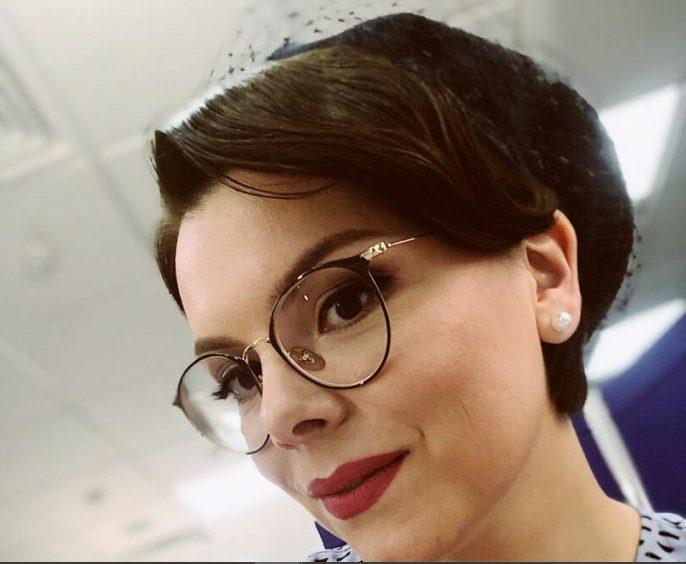 «Выставила напоказ»: 31-летняя супруга Петросяна похвасталась своей фигурой в Сочи
