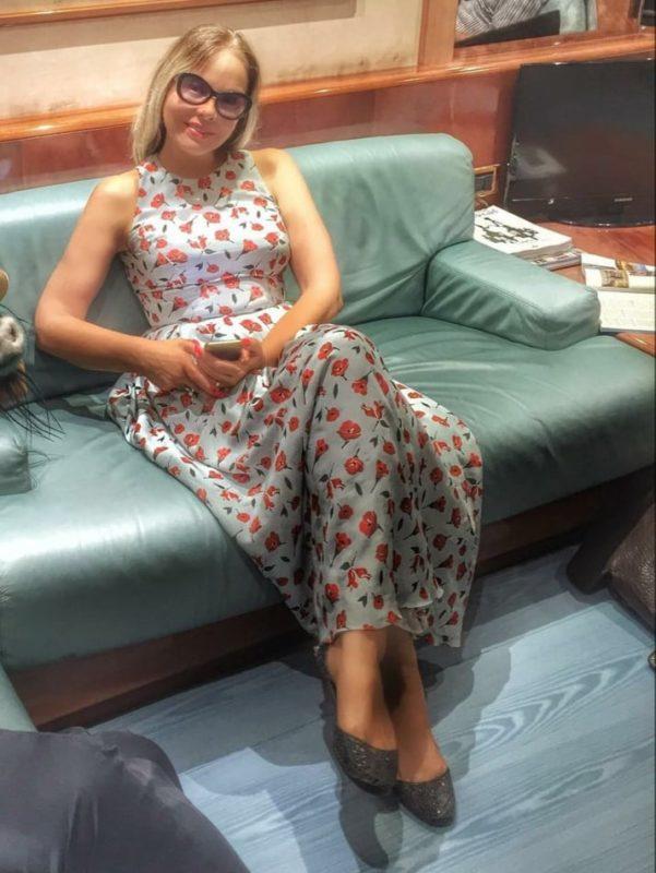 """""""Ей далеко до бабули"""": 65-летняя Орнелла Мути показала снимок в пляжном костюме"""