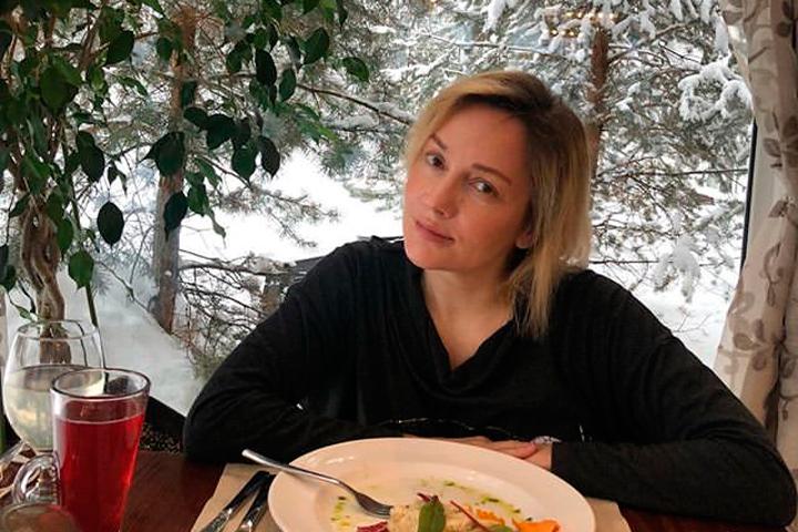 «Без пластики здесь не обошлось»: как выглядит вечно молодая Буланова без мейк-апа и современных фильтров