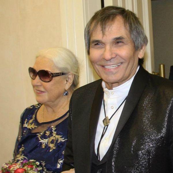 В это трудно поверить: 73 - летний Бари Алибасов заявил о том, что скоро станет отцом