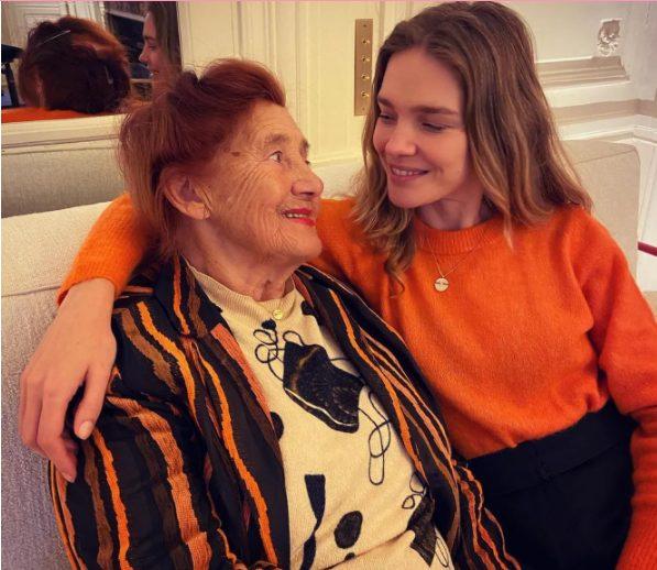 «Она больше модель, чем я»: Наталья Водянова показала фото помолодевшей бабушки