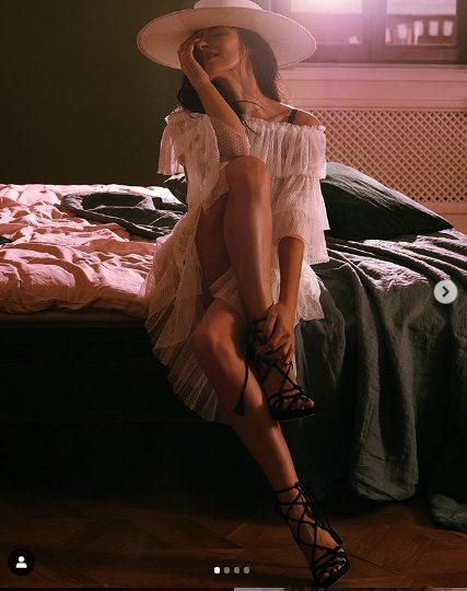 """""""Надя великолепна как всегда"""": 38-летняя Грановская не сдержалась и выставила лишнее на снимке"""
