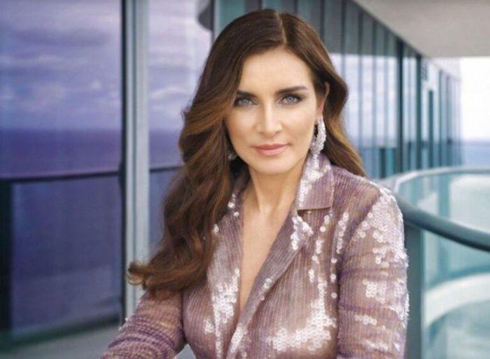 Невозможно поверить: 55- летняя Ольга Крутая похвасталась роскошной фигурой