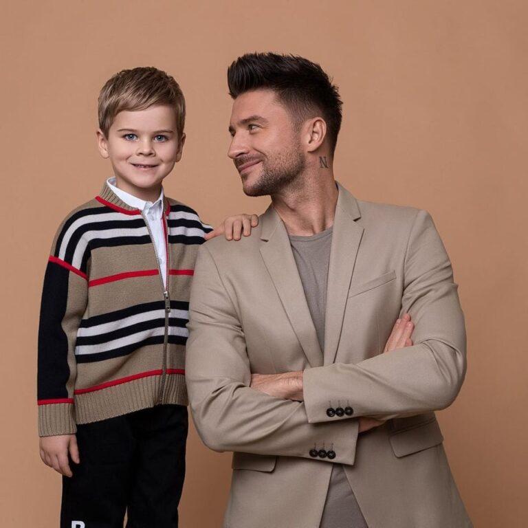 «Вы никогда не замените ему маму»: в Интернете обсудили новый снимок Лазарева с подросшими детьми