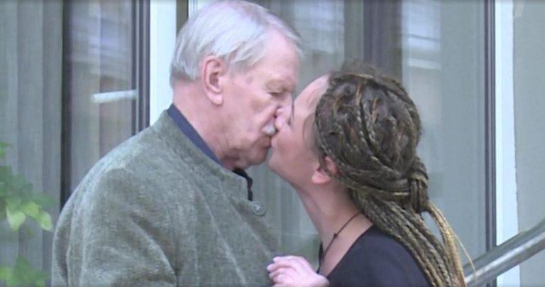У 90-летнего Краско родился шестой ребенок, и снова от молодой возлюбленной