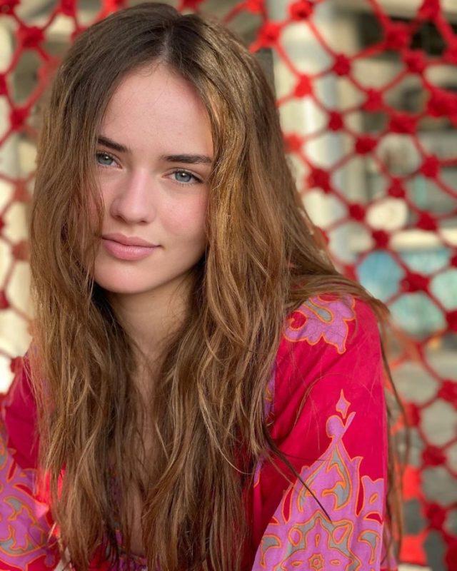 «Невероятная!»: вот как сегодня выглядит самая красивая девочка мира