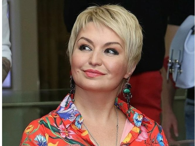 Подросшая дочь Кати Лель, вылитая Хабенский!: вот в чем сходство дочери и актера