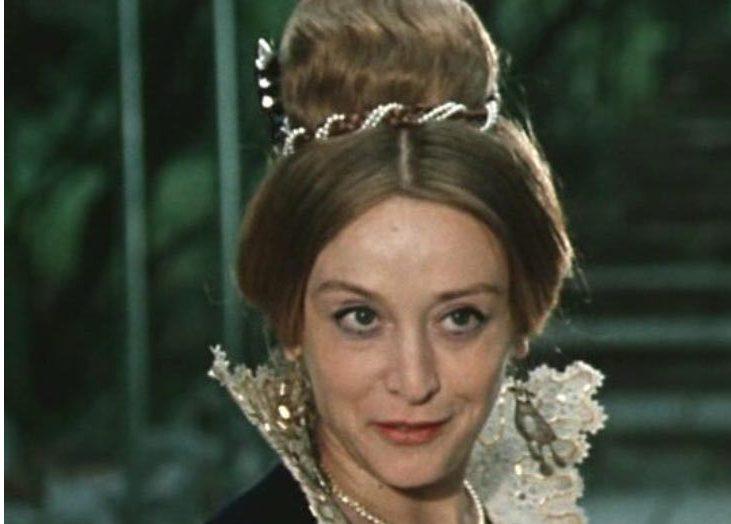 Восхитительной Маргарите Тереховой 77! Вот как живет сегодня талантливая и известная артистка