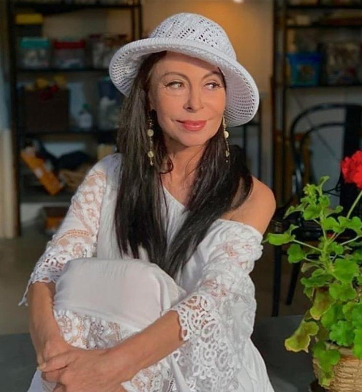 От дерзкой красавицы не осталось и следа: в Интернете раскритиковали новые снимки Марины Хлебниковой