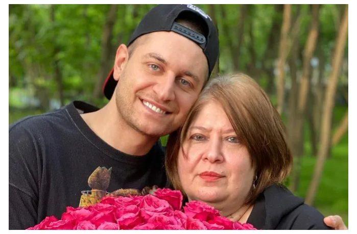 «Это просто невыносимо»: мама Давы рассказала о травле после его расставания с Бузовой