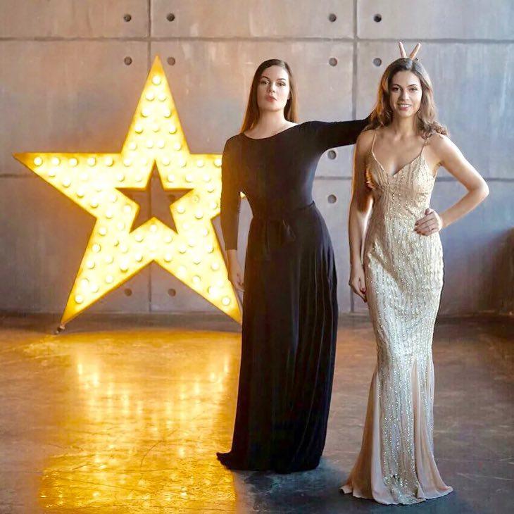 """""""Хорошие гены! Выглядят как сестры!"""": Екатерина Андреев поделилась фото с дочерью"""