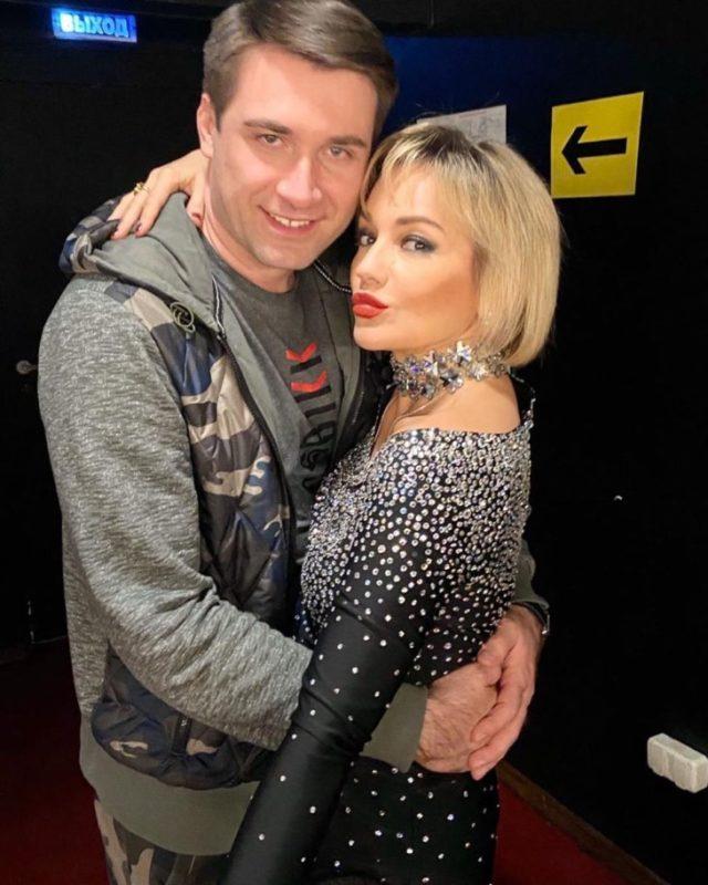 51-летняя Буланова помолодела с новым 39-летним возлюбленным: вот как он выглядит