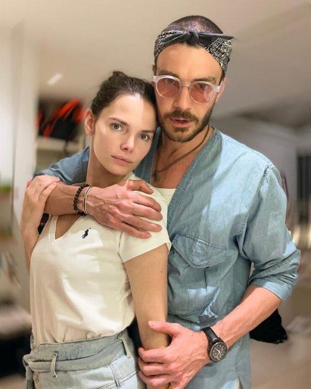 «Хоть одна натуральная осталась!»: Елизавета Боярская удивила подписчиков честным снимком без макияжа